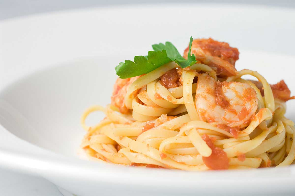 Recipe for spicy prawn and tomato pasta life 39 s ambrosia for Prawn and spaghetti recipe
