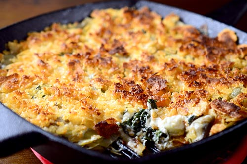 Hot Kale and Artichoke Dip