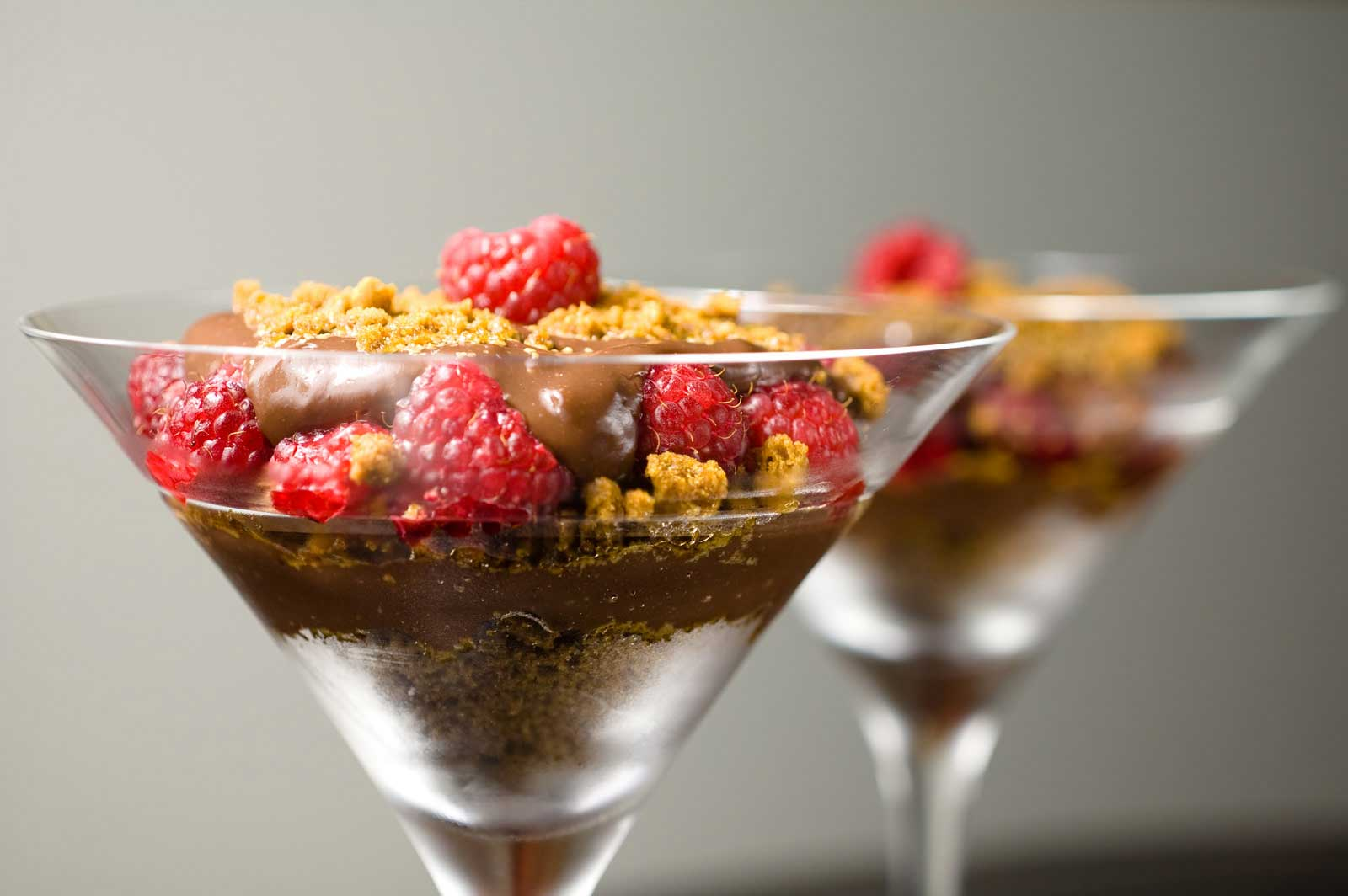 Recipe for chocolate pudding with raspberries and for Mini martini glass dessert recipes
