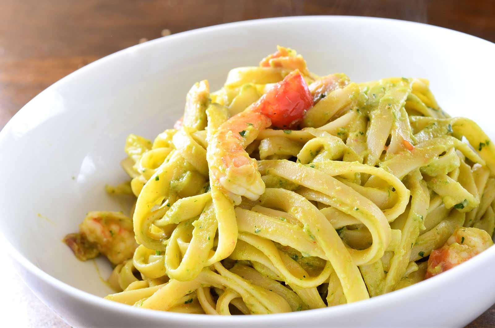 Recipe for Creamy Avocado Pasta with Shrimp and Bacon - Life's ...