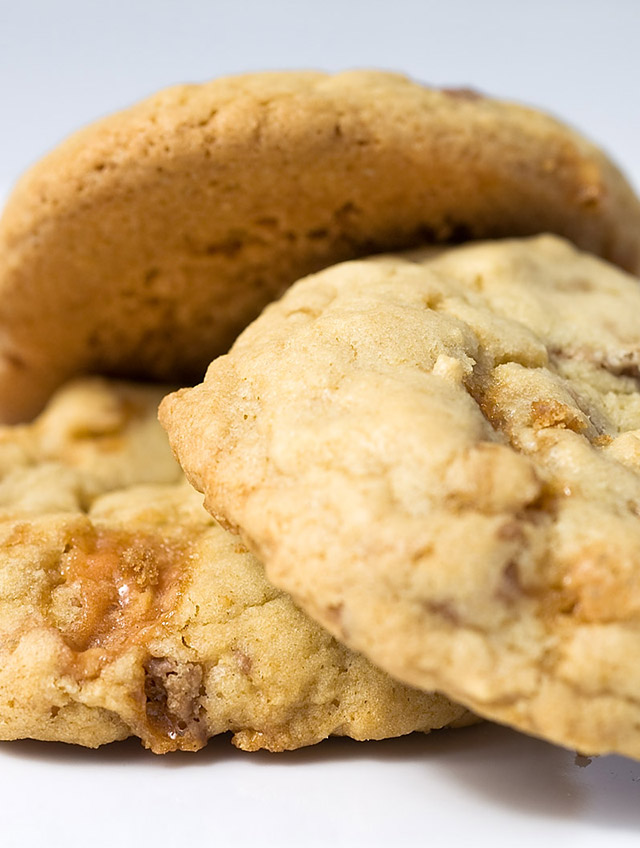 Butterfinger Cookies - Life's Ambrosia