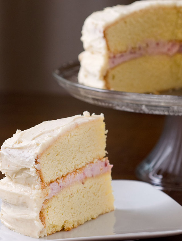 Cake With Cream Filling : Recipe for Raspberry Cream Cheese Filled Cake - Life s ...