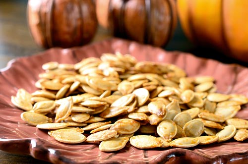 Spicy Sriracha Pumpkin Seeds